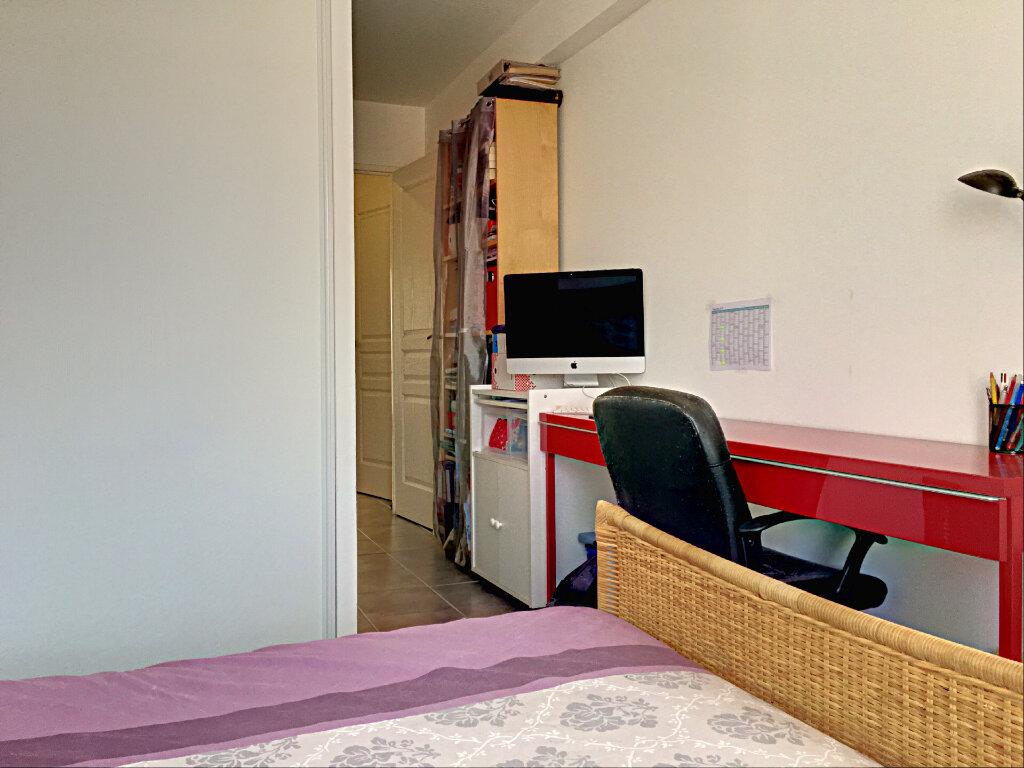 Appartement à vendre 3 68m2 à Marseille 8 vignette-7