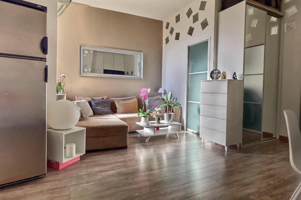 Appartement à vendre 3 49.5m2 à Marseille 7 vignette-3