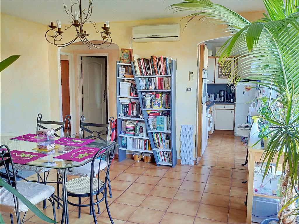 Appartement à vendre 3 70m2 à Marseille 13 vignette-3