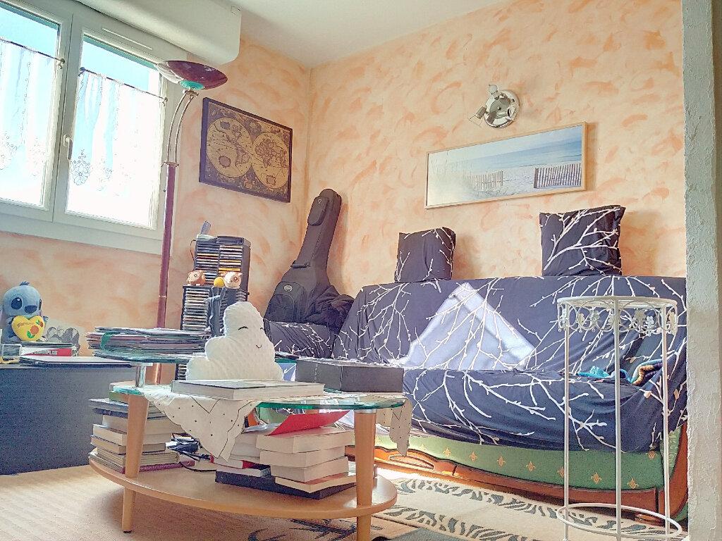 Appartement à vendre 3 70m2 à Marseille 13 vignette-6