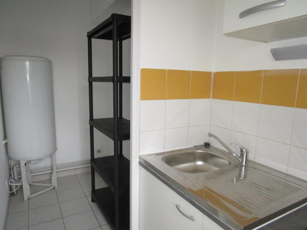 Appartement à louer 2 48.75m2 à Avignon vignette-3