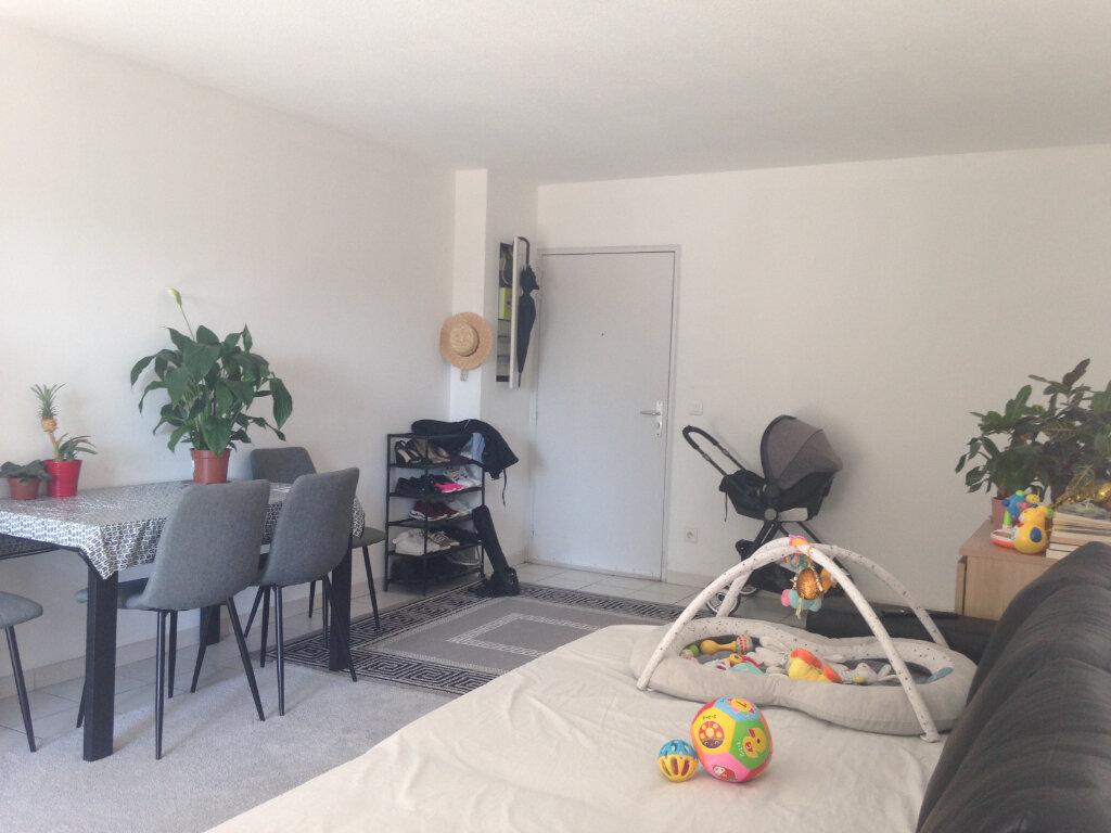 Appartement à louer 2 48.75m2 à Avignon vignette-6