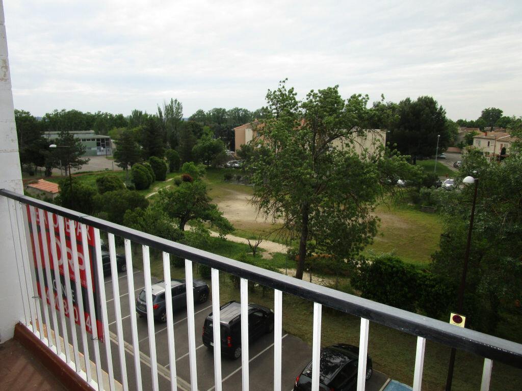 Appartement à louer 3 64.28m2 à Montfavet - Avignon vignette-2