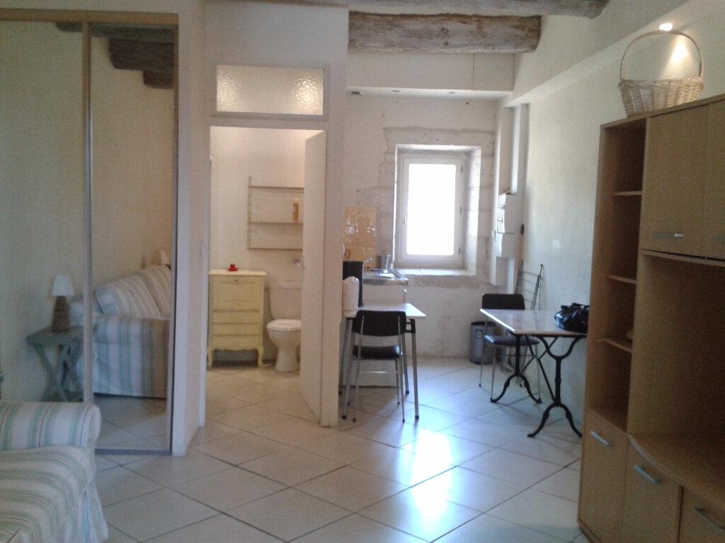 Appartement à louer 1 25m2 à Montfavet - Avignon vignette-1