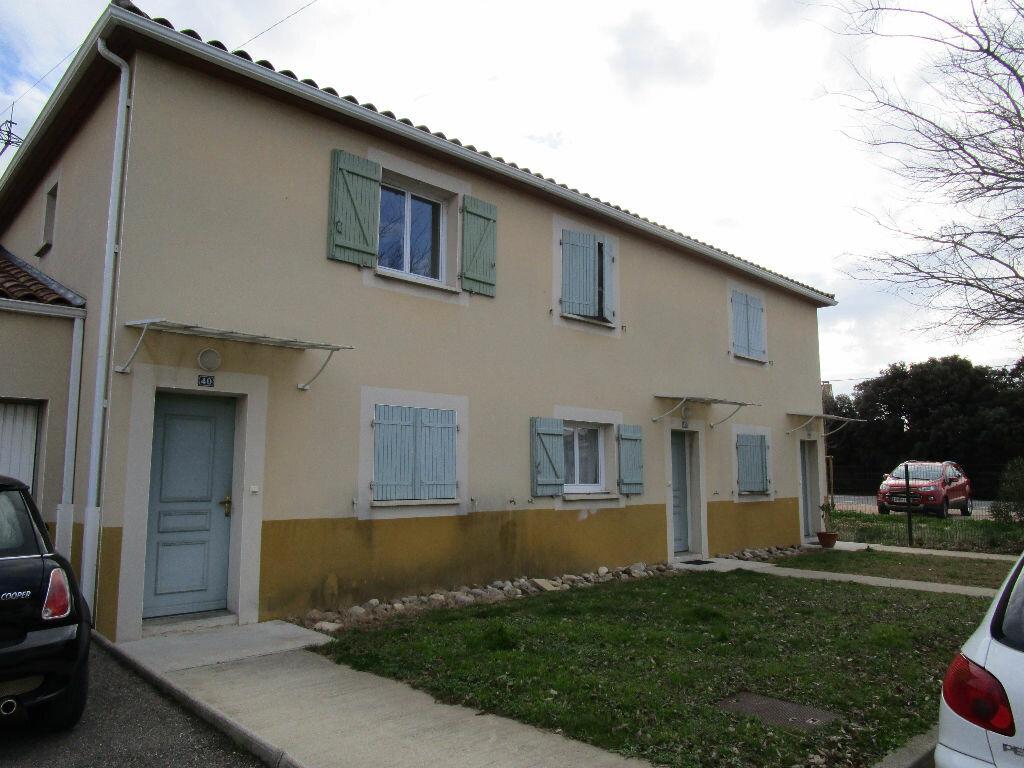 Maison à louer 3 69.79m2 à Morières-lès-Avignon vignette-1