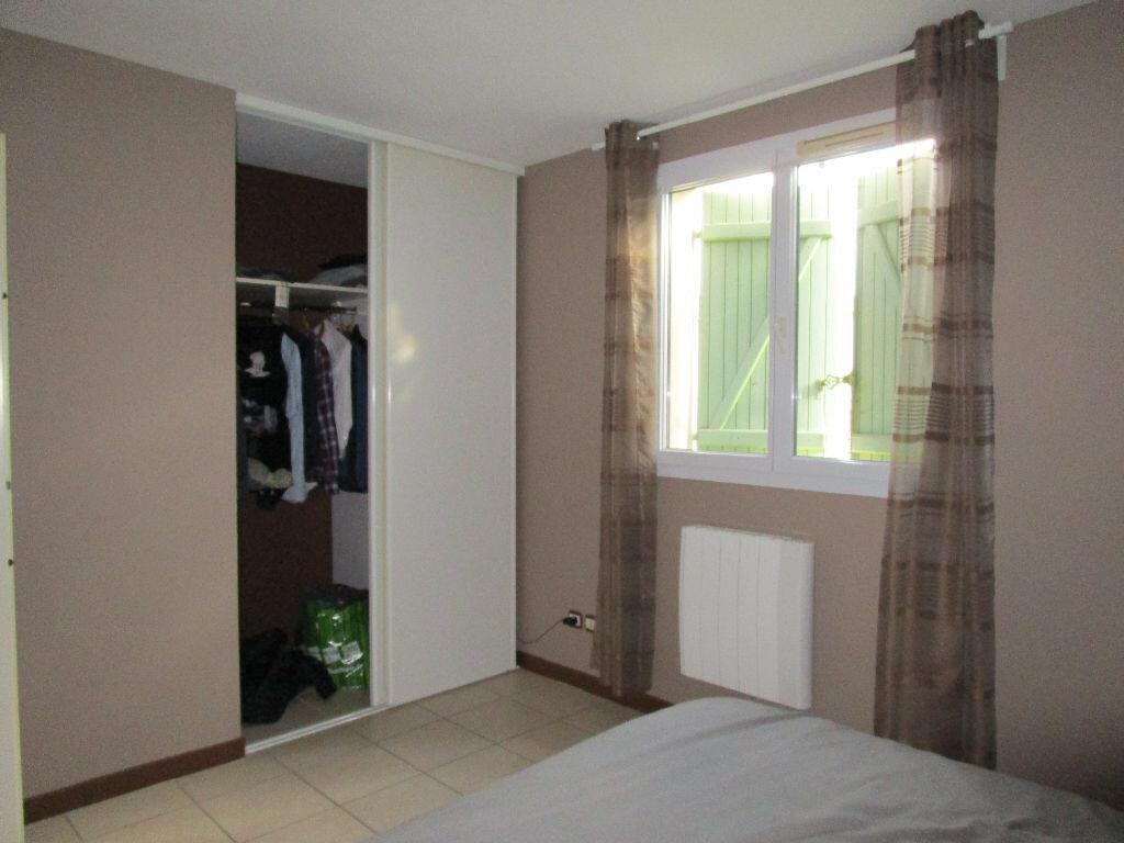 Maison à louer 3 69.79m2 à Morières-lès-Avignon vignette-9