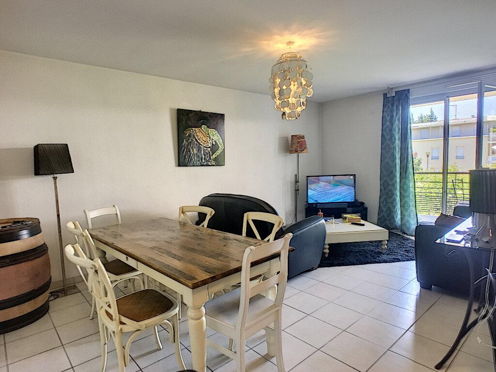 Appartement à vendre 3 65.35m2 à Avignon vignette-2