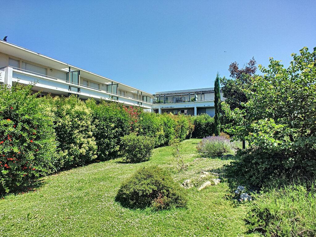 Appartement à vendre 3 65.35m2 à Avignon vignette-5