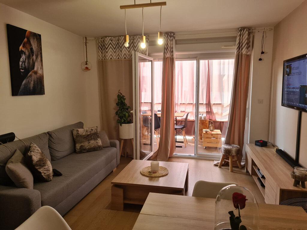 Appartement à vendre 3 65m2 à Avignon vignette-2