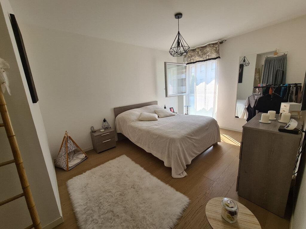 Appartement à vendre 3 65m2 à Avignon vignette-5