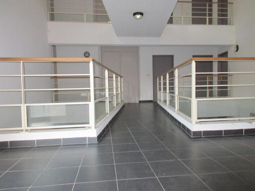 Appartement à vendre 3 54m2 à Montfavet - Avignon vignette-3