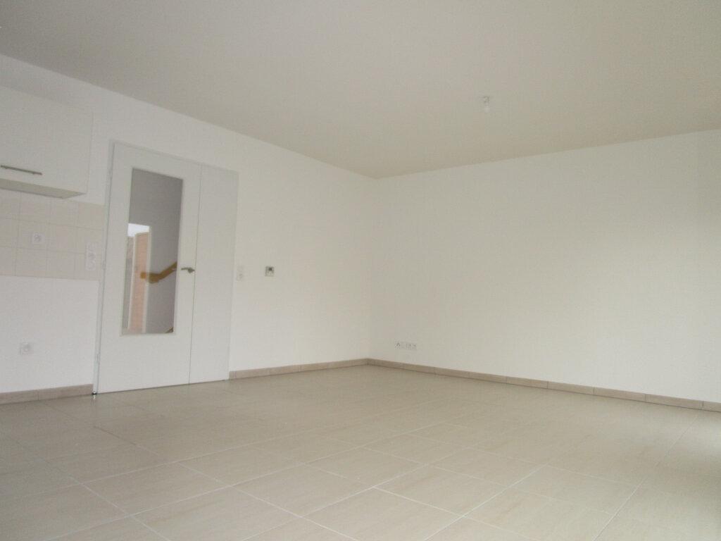 Maison à louer 4 80.15m2 à Montfavet - Avignon vignette-6