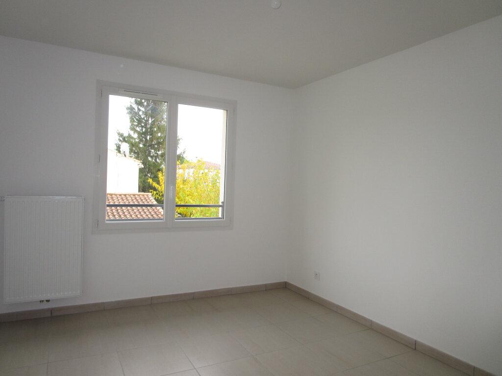 Maison à louer 4 80.15m2 à Montfavet - Avignon vignette-10