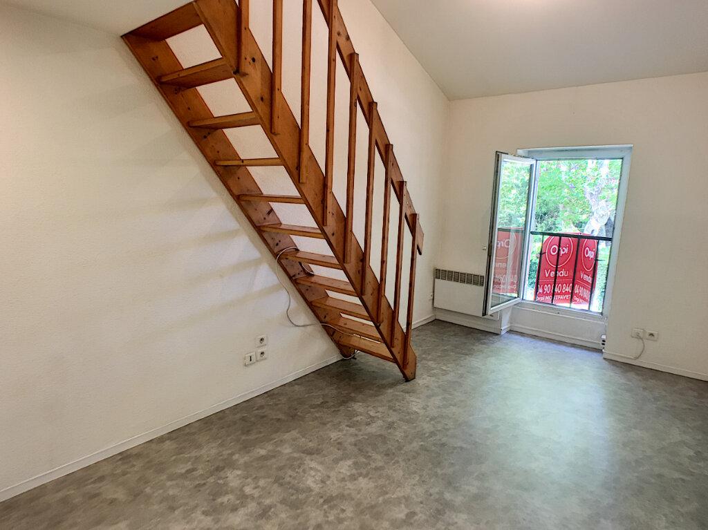 Appartement à vendre 1 16m2 à Montfavet - Avignon vignette-3