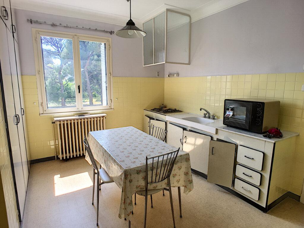 Maison à vendre 6 152.7m2 à Montfavet - Avignon vignette-4