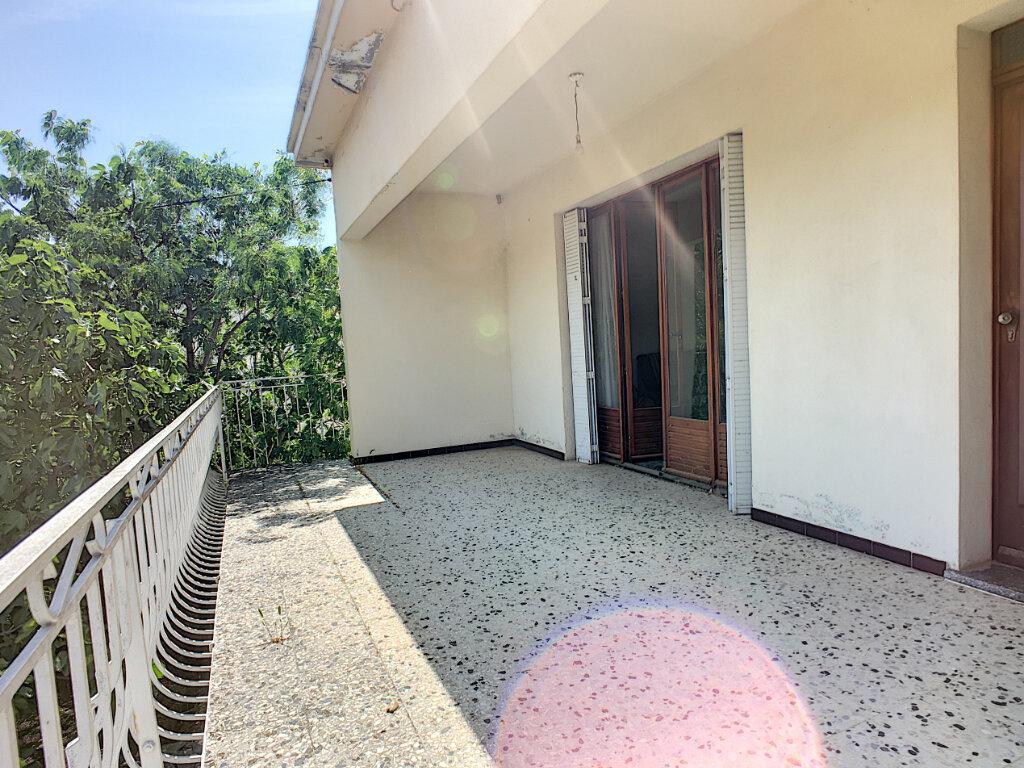 Maison à vendre 6 152.7m2 à Montfavet - Avignon vignette-5