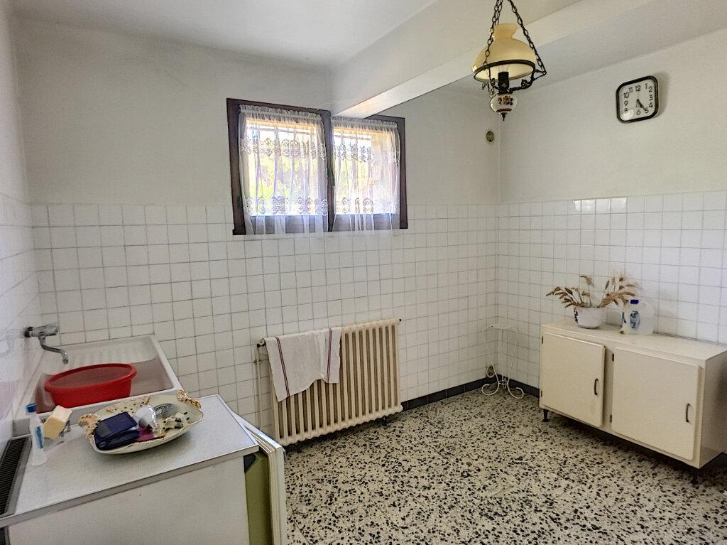 Maison à vendre 6 152.7m2 à Montfavet - Avignon vignette-11