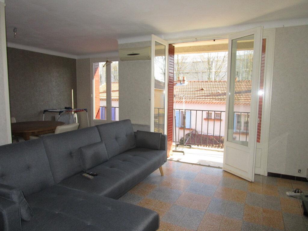 Appartement à louer 3 76.89m2 à Avignon vignette-1