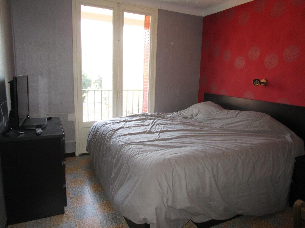 Appartement à louer 3 76.89m2 à Avignon vignette-7