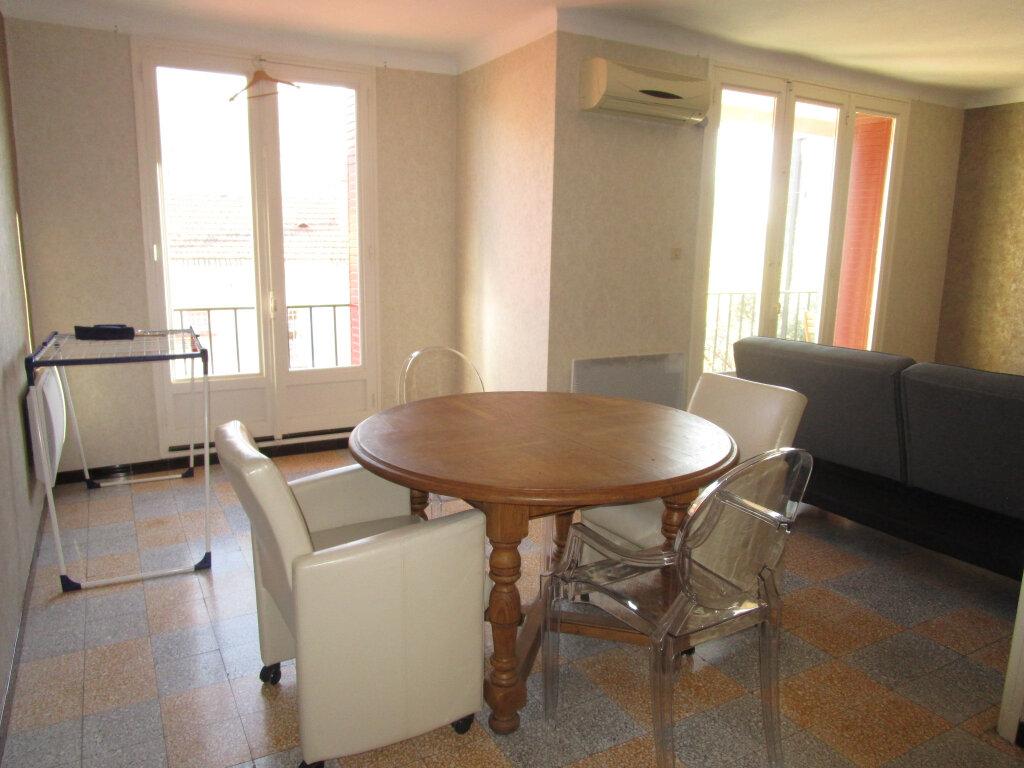 Appartement à louer 3 76.89m2 à Avignon vignette-10