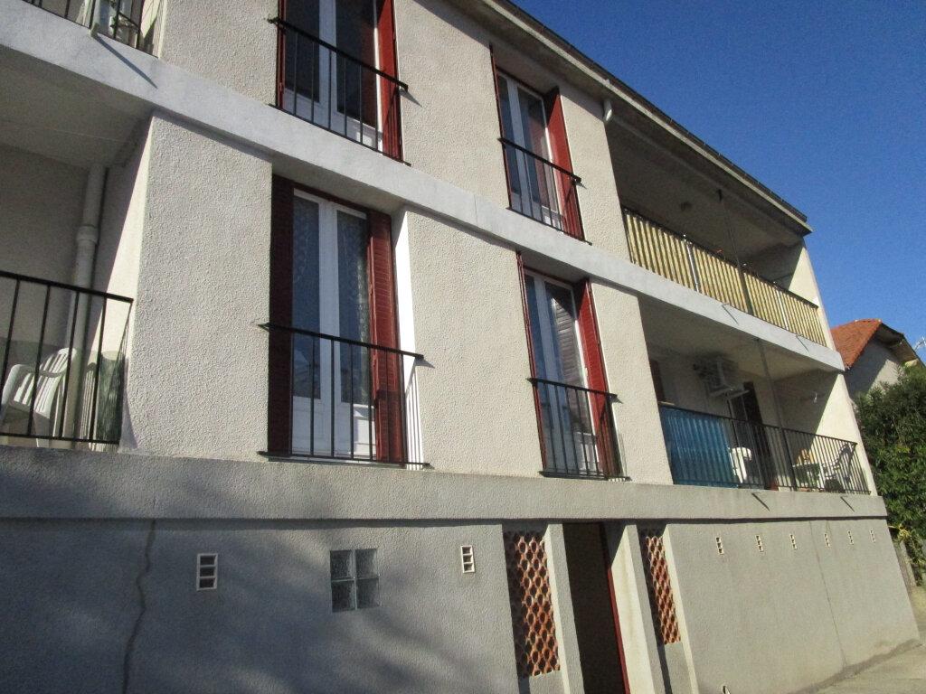 Appartement à louer 3 76.89m2 à Avignon vignette-12