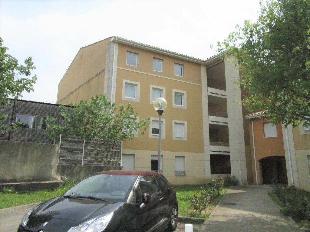 Appartement à louer 3 54.76m2 à Avignon vignette-4