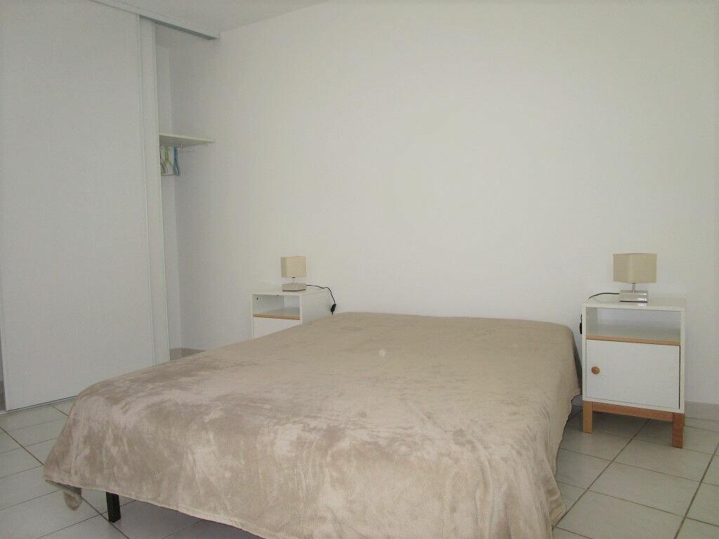 Appartement à louer 3 54.76m2 à Avignon vignette-6