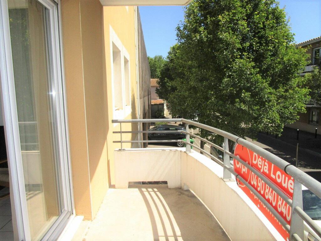Appartement à louer 3 54.76m2 à Avignon vignette-9