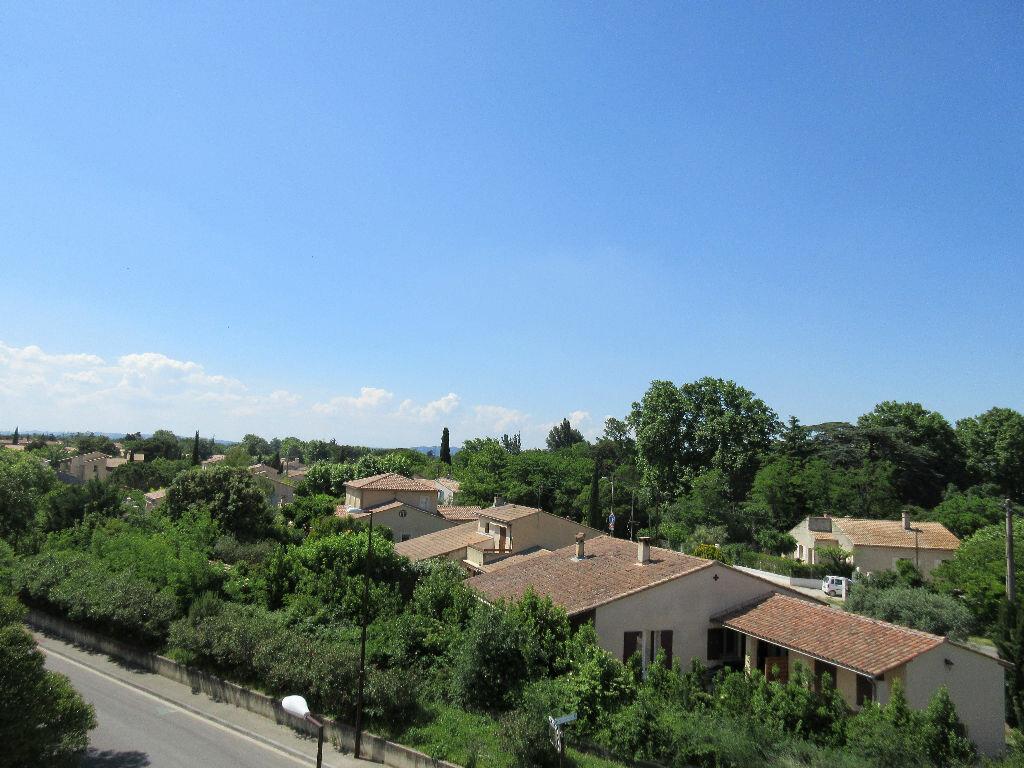 Appartement à vendre 3 60.65m2 à Montfavet - Avignon vignette-2