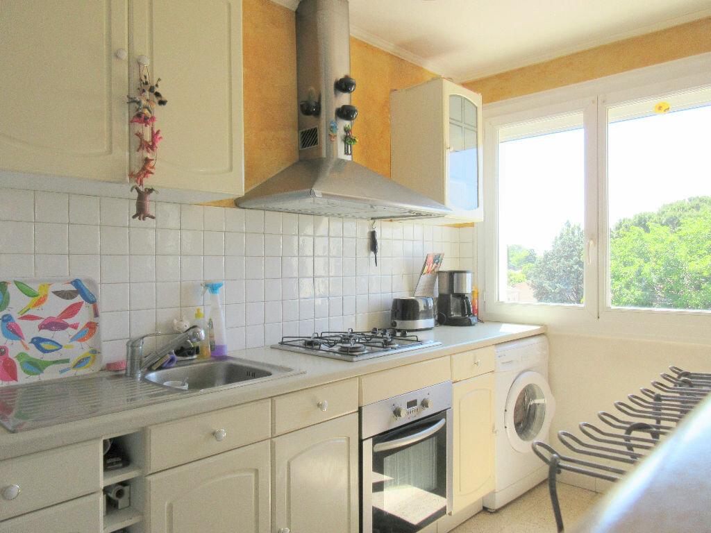 Appartement à vendre 3 60.65m2 à Montfavet - Avignon vignette-4