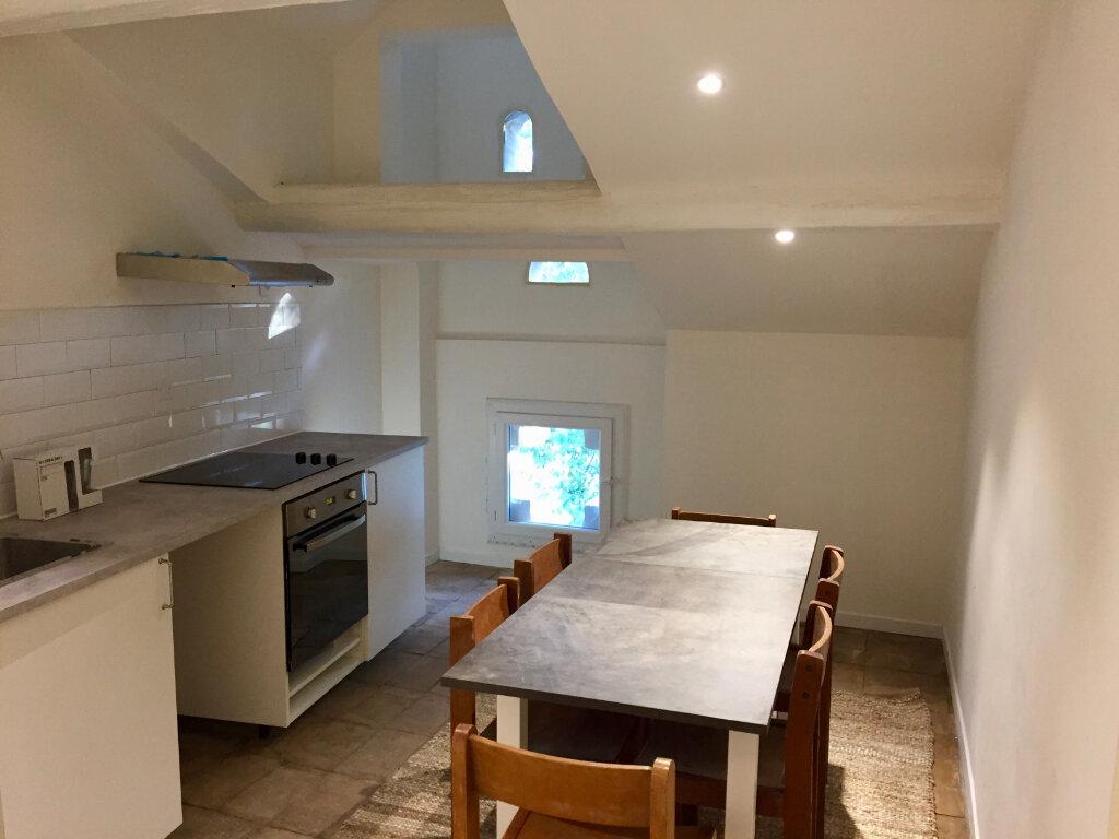 Appartement à louer 2 55.9m2 à Montfavet - Avignon vignette-1