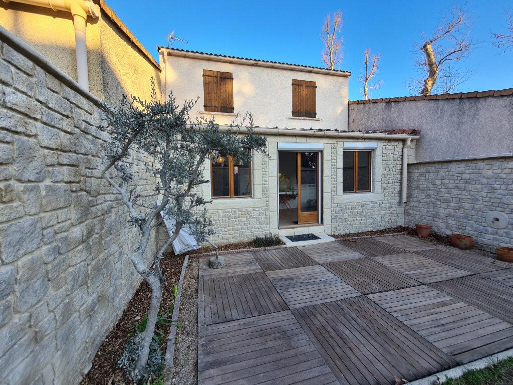 Maison à vendre 4 103m2 à Montfavet - Avignon vignette-1