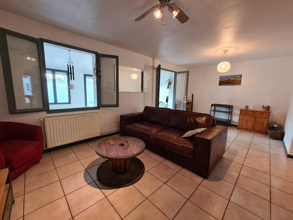 Maison à vendre 4 103m2 à Montfavet - Avignon vignette-4