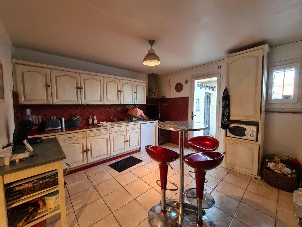 Maison à vendre 4 103m2 à Montfavet - Avignon vignette-5
