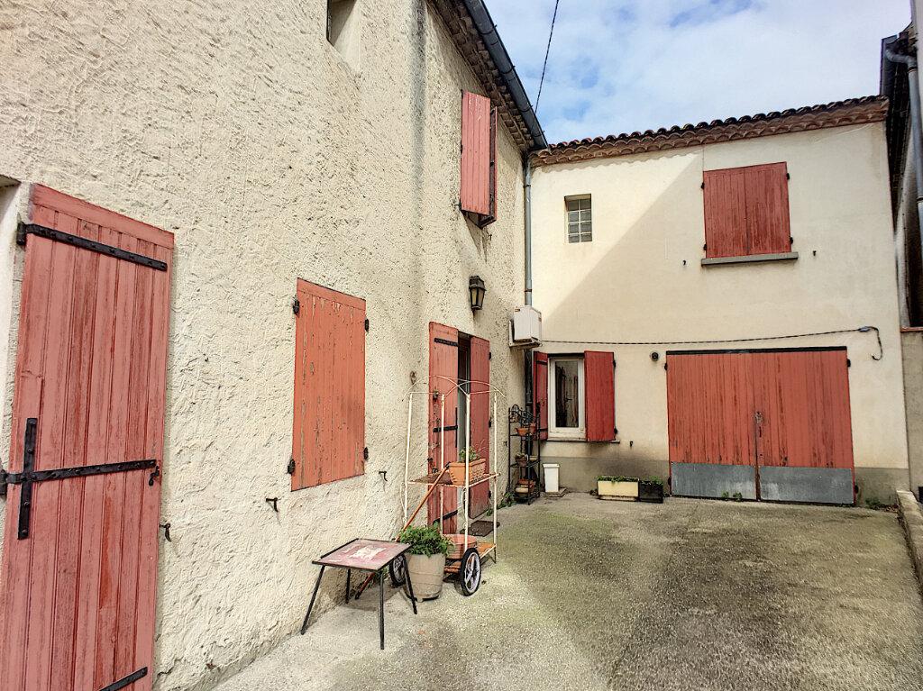 Maison à vendre 4 133.77m2 à Montfavet - Avignon vignette-3