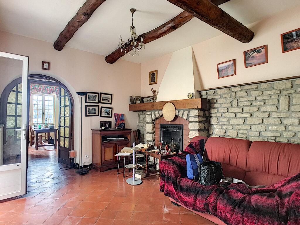 Maison à vendre 4 133.77m2 à Montfavet - Avignon vignette-5