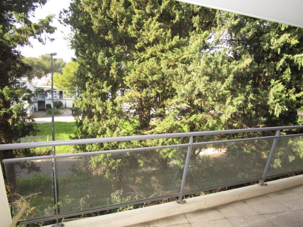 Appartement à vendre 2 41m2 à Montfavet - Avignon vignette-2