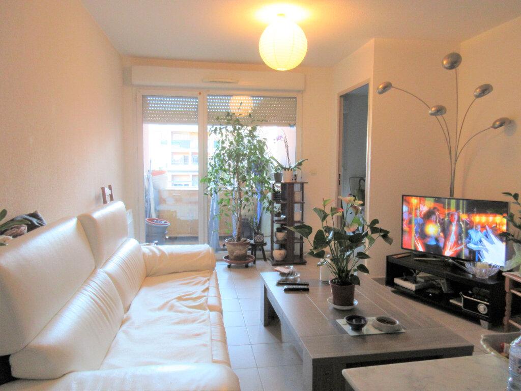 Appartement à vendre 2 36m2 à Montfavet - Avignon vignette-2