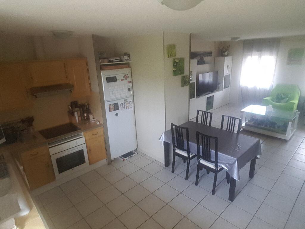 Appartement à louer 3 78m2 à Le Pontet vignette-2