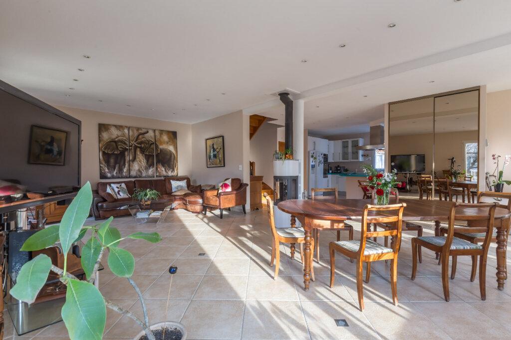 Maison à vendre 6 187m2 à Saint-Maur-des-Fossés vignette-1