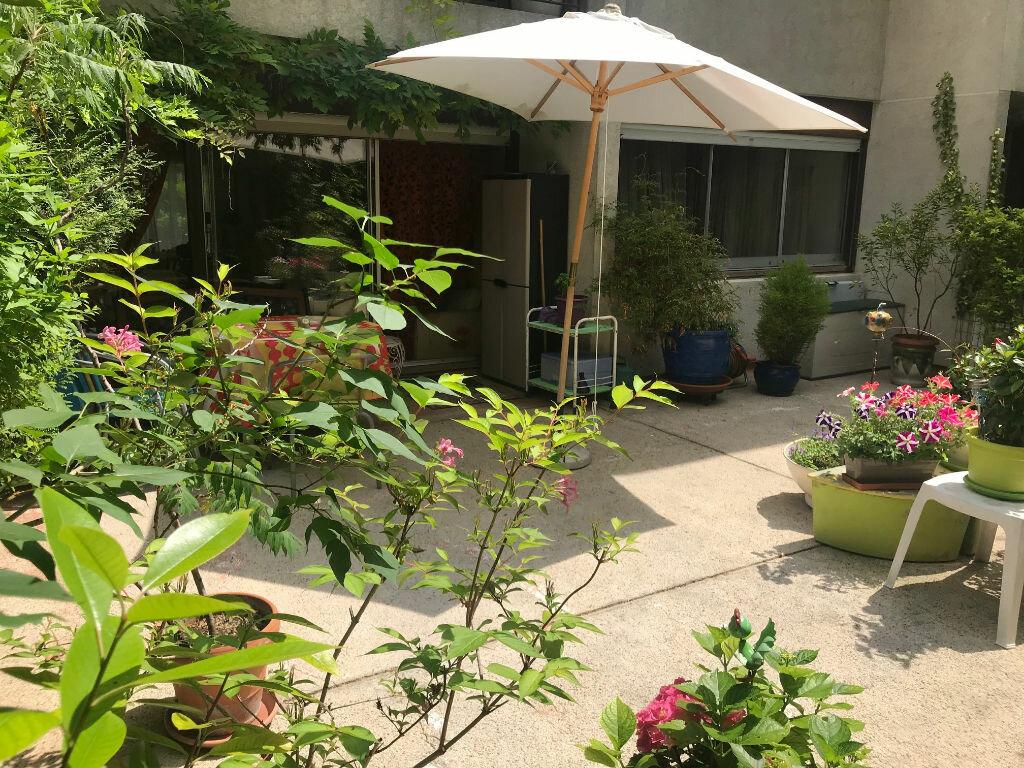 Appartement à vendre 3 71m2 à Créteil vignette-2