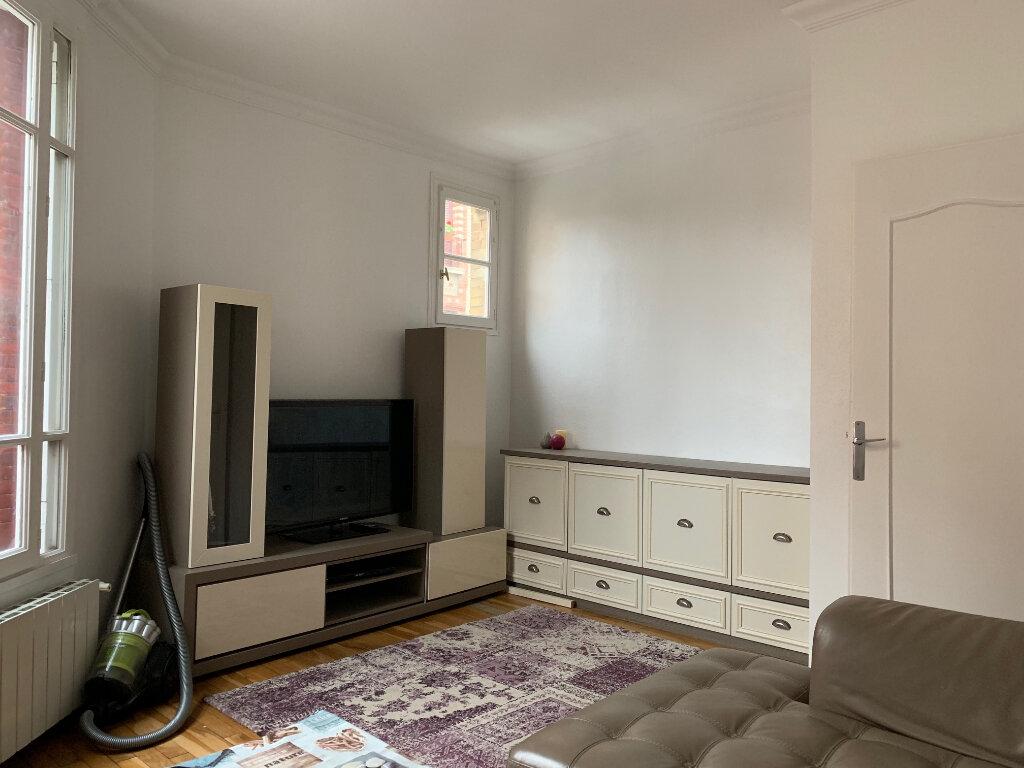 Appartement à louer 3 53m2 à Colombes vignette-2