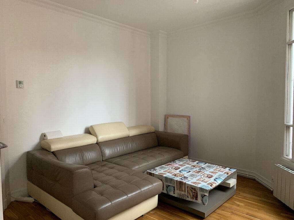 Appartement à louer 3 53m2 à Colombes vignette-4