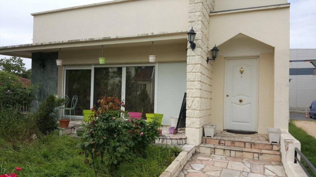 Maison à vendre 6 150m2 à Colombes vignette-1