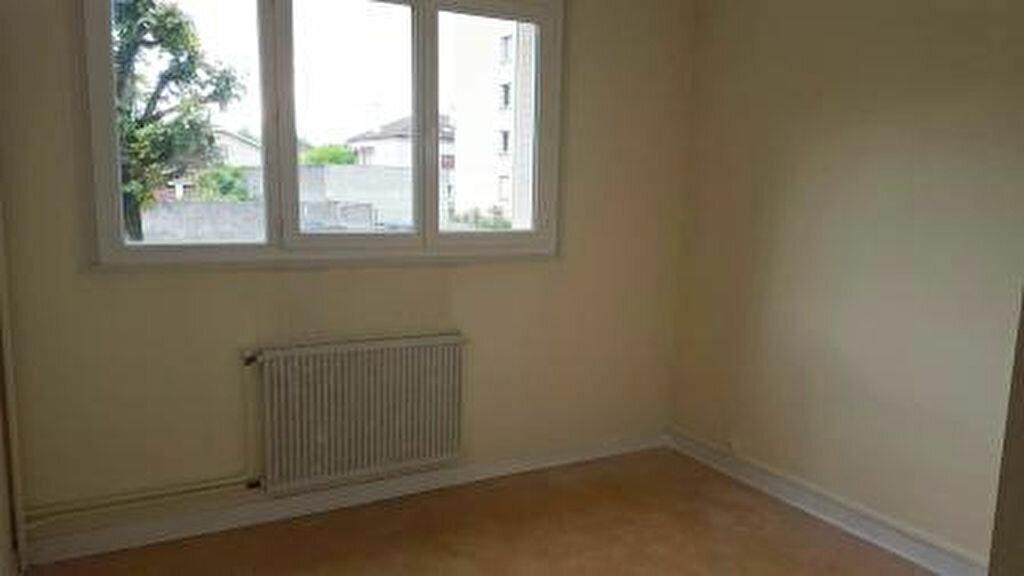 Appartement à louer 2 57m2 à Vienne vignette-4
