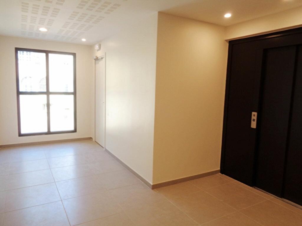 Appartement à louer 2 52.91m2 à Vienne vignette-2