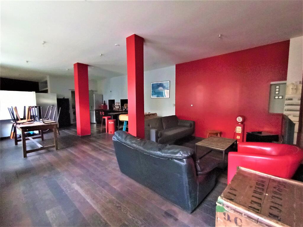 Appartement à louer 2 63.81m2 à Vienne vignette-1