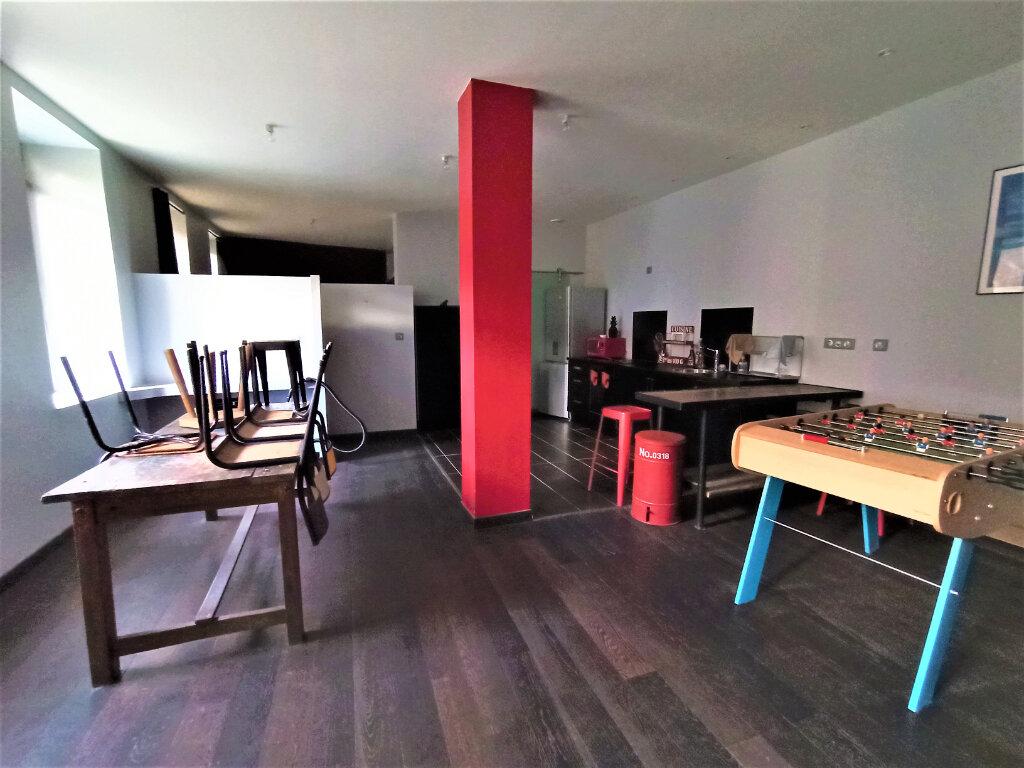 Appartement à louer 2 63.81m2 à Vienne vignette-2