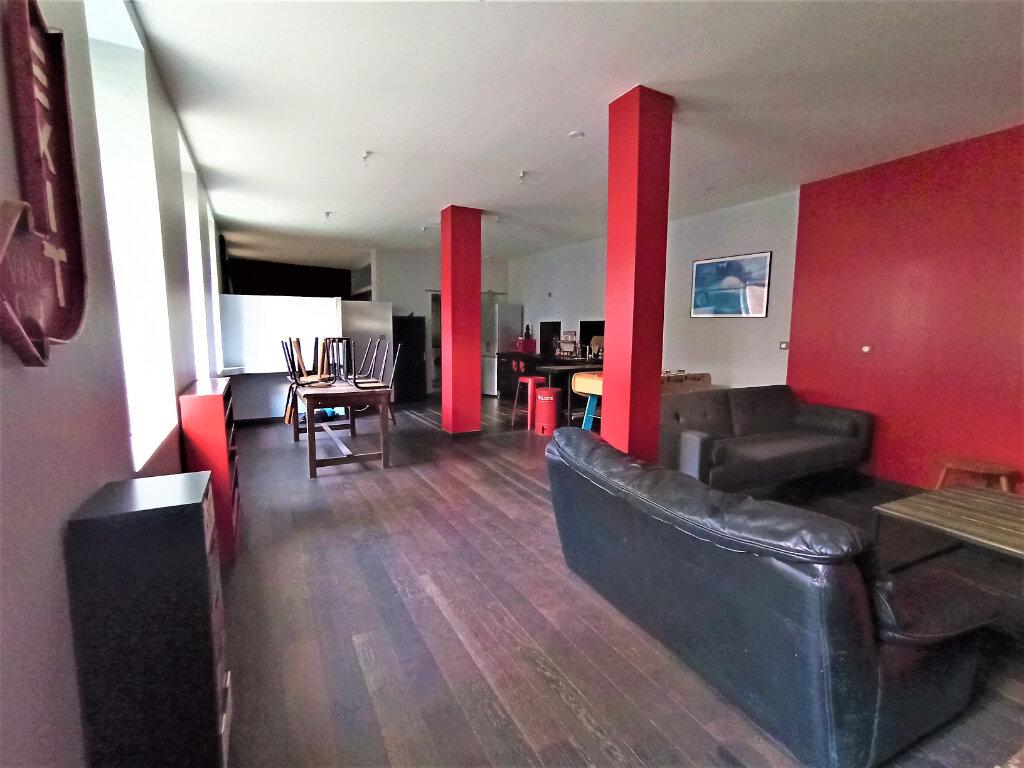 Appartement à louer 2 63.81m2 à Vienne vignette-3