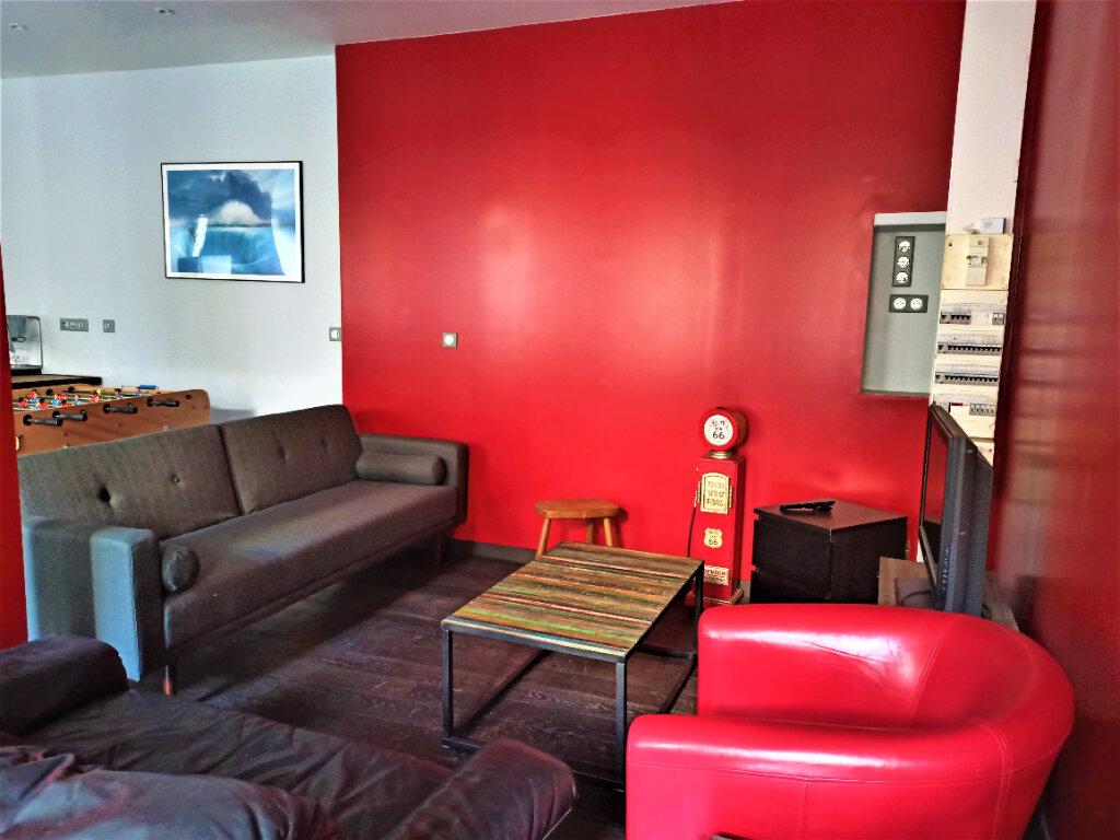 Appartement à louer 2 63.81m2 à Vienne vignette-4